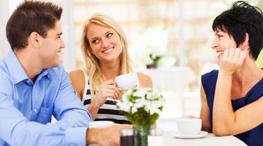 6 Cara Menjadi Menantu Idaman Mertua