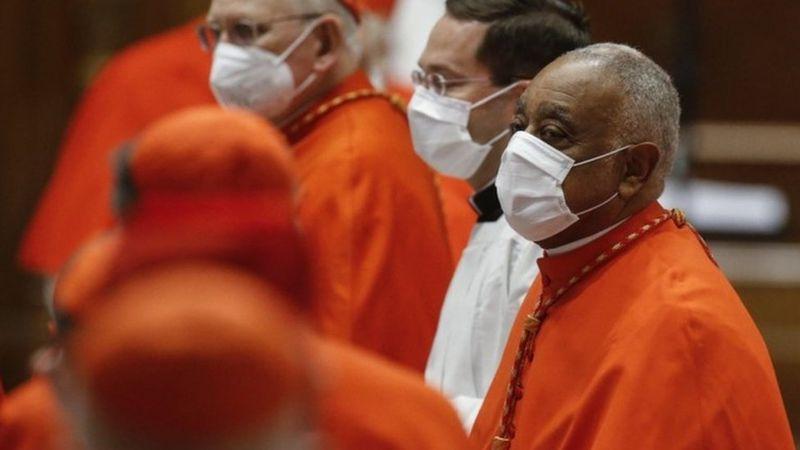 Paus Fransiskus angkat kardinal berkulit hitam pertama dari AS