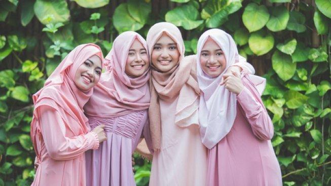 Menjaga Keharmonisan Persahabatan Lakukan dengan 8 Cara Ini