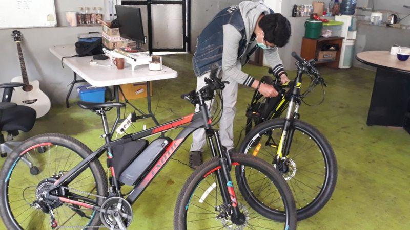Sepeda Listrik Bertenaga Matahari Easy Bike