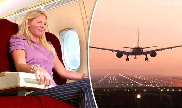 Takut Naik Pesawat Ini Kiat untuk Mengatasinya