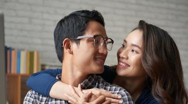 Tips Komunikasi dengan Pasangan Agar Pernikahan Langgeng