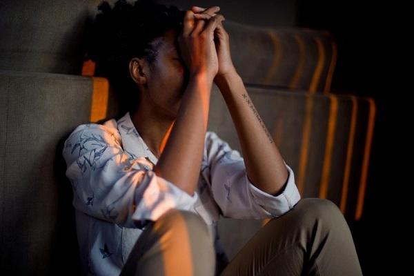 Cara Mengelola Stres Beserta Manfaat yang Baik untuk Kesehatan Mental
