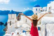 Gaya Traveling Wanita dengan Menggunakan Beberapa Perlengkapan