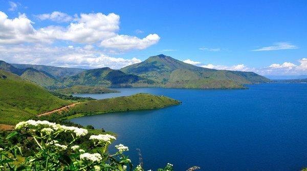 Danau Rombebai Danau Penuh Pesona Di Pulau Papua