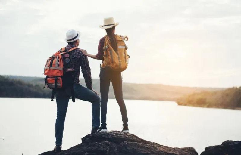 Memilih Travel Partner yang Tepat Agar Liburan Nggak Membosankan
