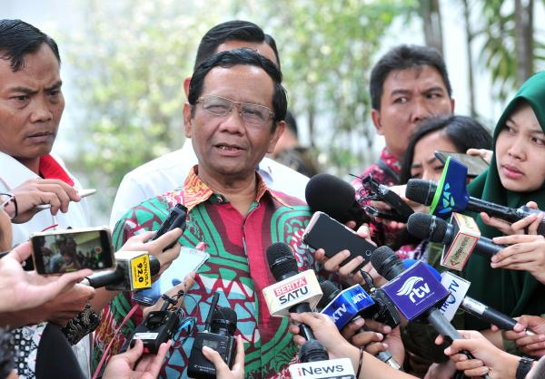 Ormas Terlarang FPI Ganti Kulit Jadi Front Persatuan Islam