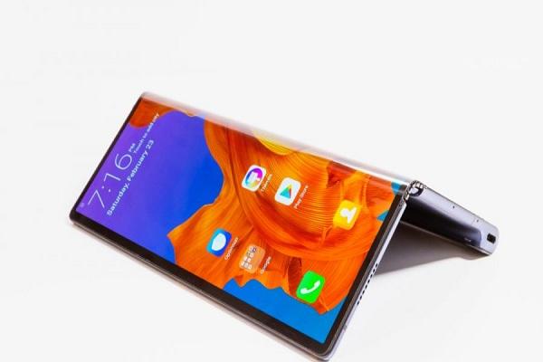 Huawei Mate X2 Ponsel Layar Lipat dengan Menggunakan Kirin 9000