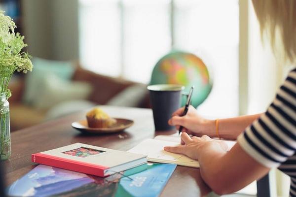 Manfaat Diary untuk Kesehatan Mental Seseorang dan Mengurangi Stress