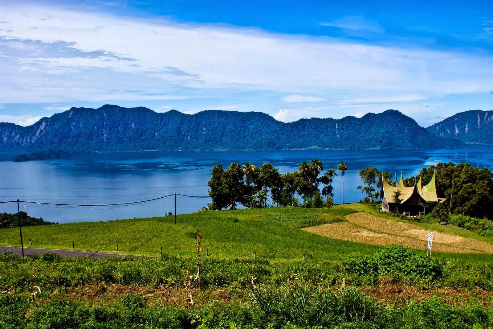 Objek Wisata Sumatera Barat Ini Wajib Masuk ke List Tempat Liburan Anda