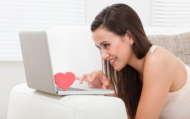Online Dating Kenali Bahayanya untuk Menghindari Hal yang Tak Diinginkan