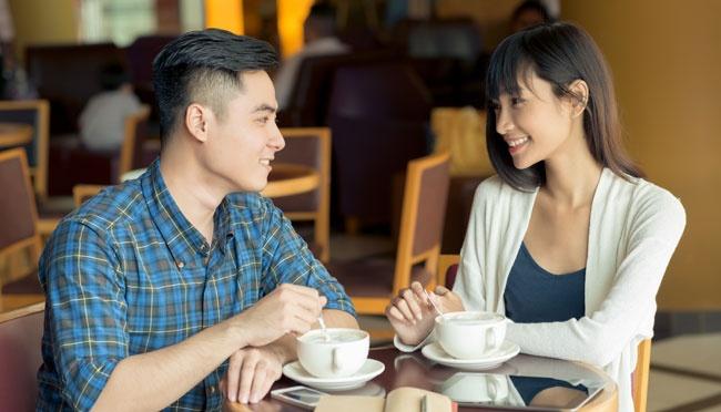 5 Cara Kencan Pertama dengan Seseorang yang Baru Dikenal