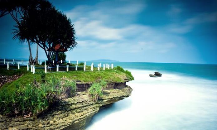 6 Tempat Wisata di Pantai Pangandaran yang Paling Hits