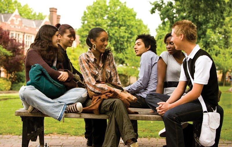 7 Cara Mendapat Teman Baru Dengan Mudah dan Menyenangkan