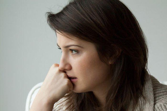 8 Cara Mudah Mengatasi Kecemasan dari Aromaterapi sampai Meditasi
