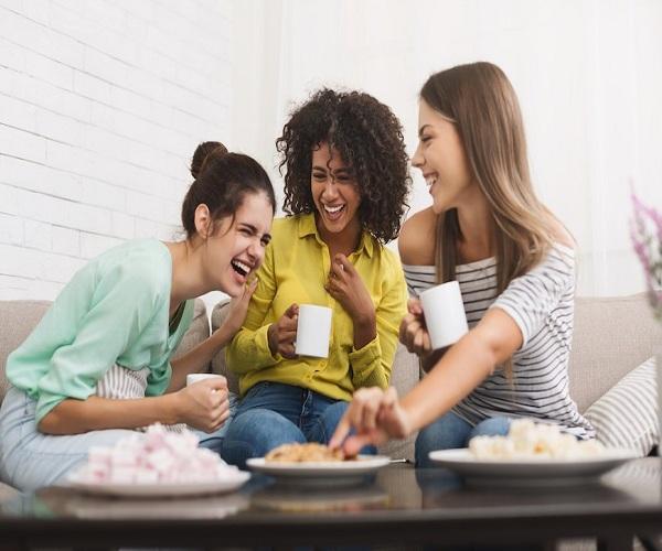 Cara Menanggapi Teman yang Curhat Secara Bijak