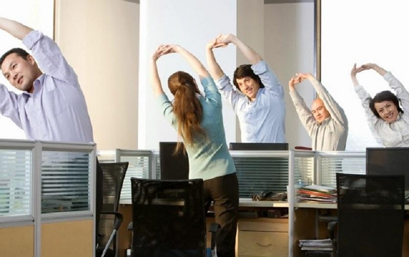 Olahraga untuk Pekerja Kantoran Jenisnya Ringan Namun Kaya Manfaat