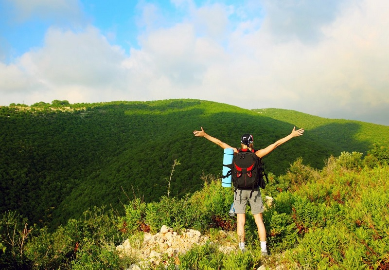 Traveling Ramah Lingkungan Menjaga Bumi Tetap Sehat dan Bersih