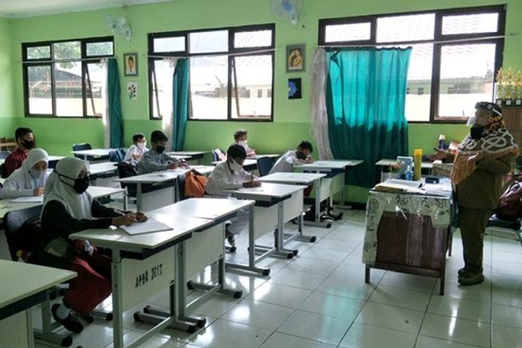 Sekolah Tatap Muka Di Jakarta