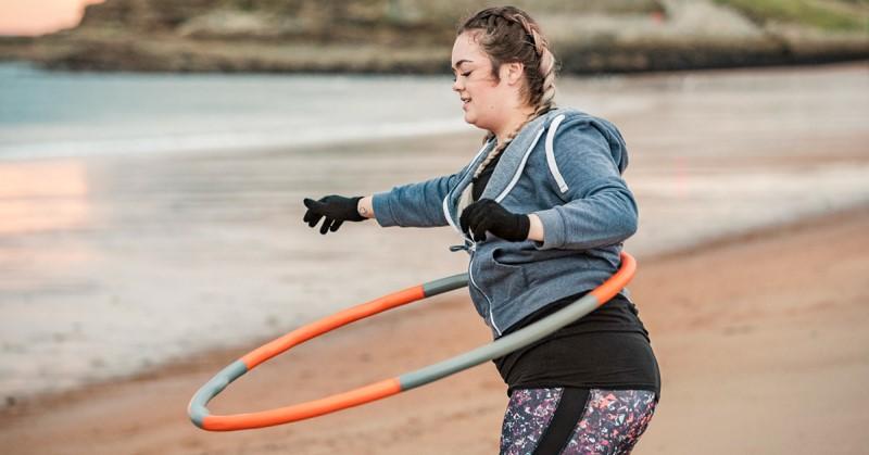 Olahraga Hula Hoop Memberikan Berbagai Manfaat Bagi Tubuh
