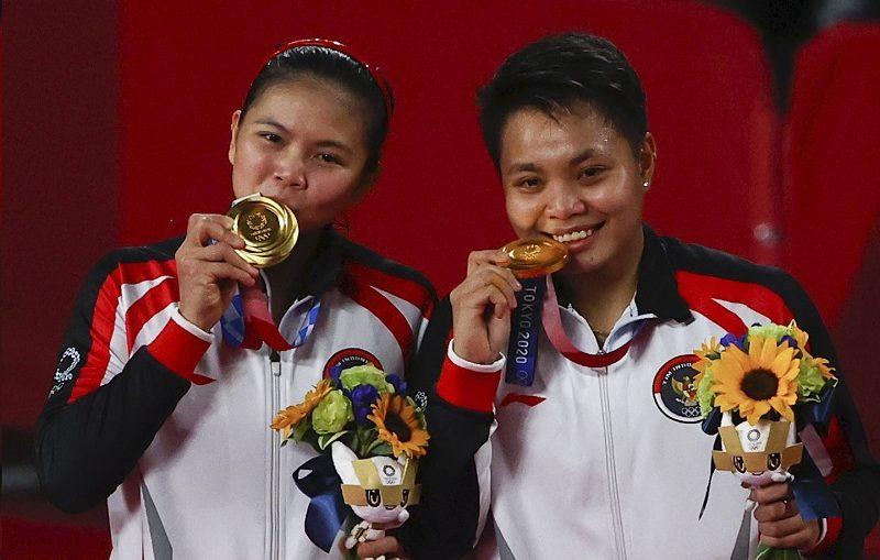 profil greysia polii apriyani rahayu pencetak sejarah indonesia di sektor ganda putri olimpiade NvzZq2HTnh