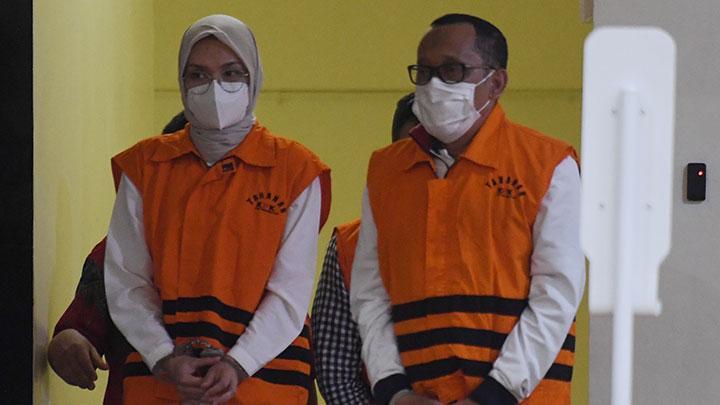 Dinasti Politik Bupati Probolinggo yang Tertangkap KPK