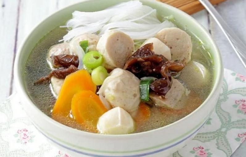 Resep Sayur Sup Bakso yang Lezat Ini Praktis Dibuatnya